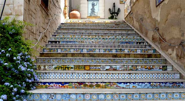 Pottery staircase in Sciacca, Sicily - image from cosedafareinsicilia.it