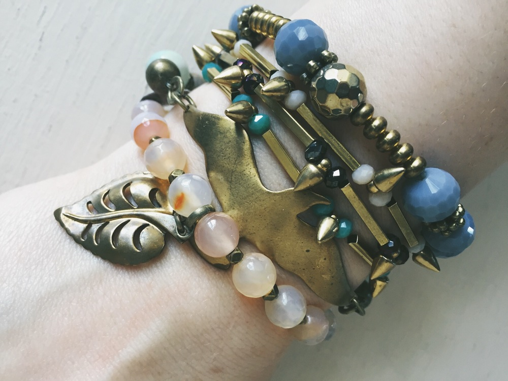 Blue, green, gold, and rose! Mix and match to create your own distinct look!