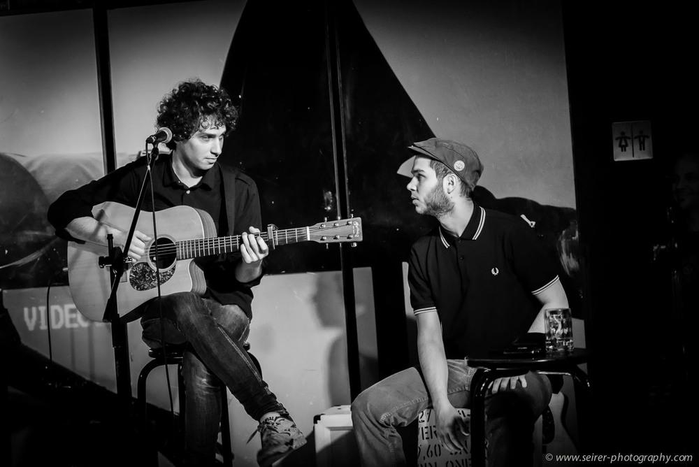 Studenten der Pop-Abteilung des Vienna Konservatorium beider2. Singer & Songwriter Nite im Cenario