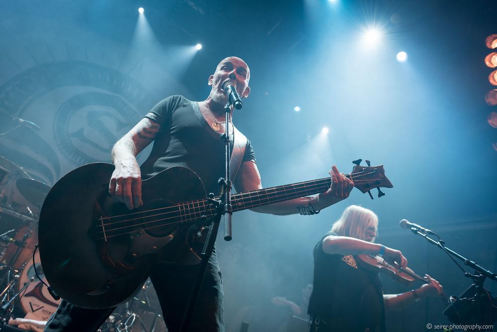 Bjoern Both von Santiano performt in der Ottakringer Brauerei, 26.01.2016