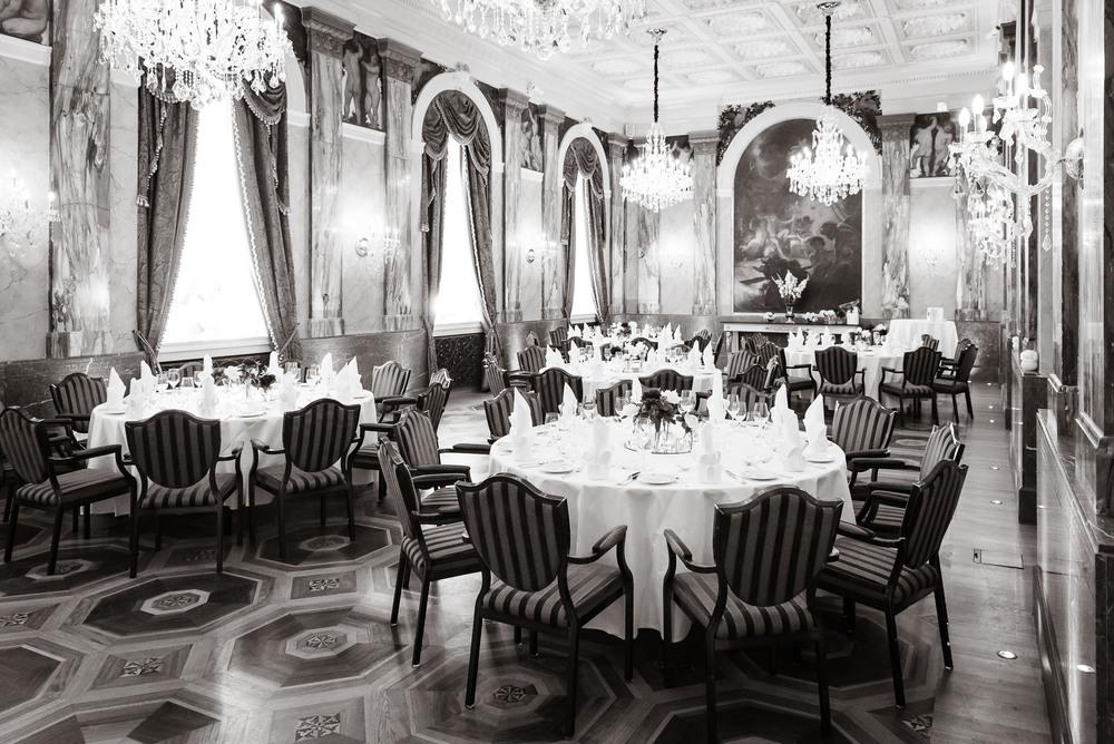 Gedeckter Festsaal des Hotel Imperial