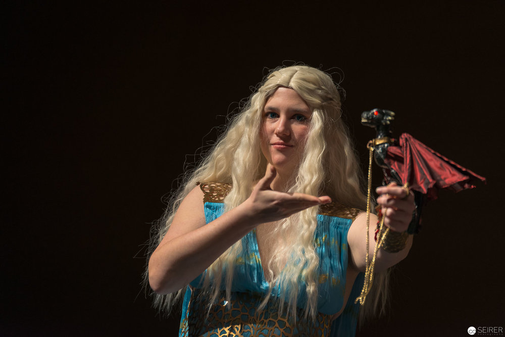Daenerys Targaryen from Game of Thrones / Needlework Cosplay: Sophie