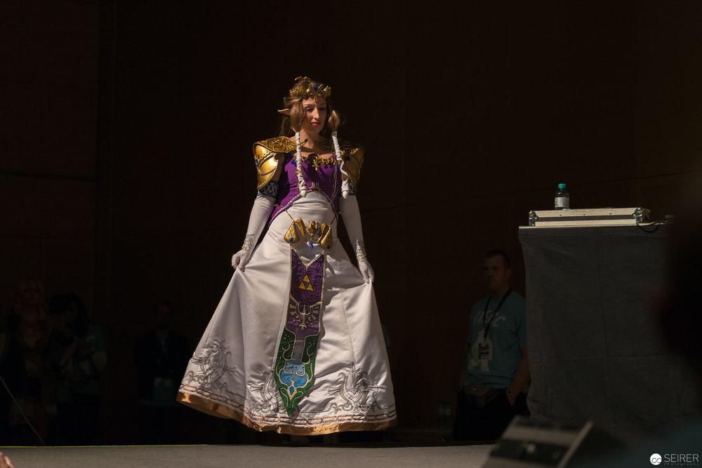 Zelda from Twilight Princess / Needlework Cosplay: Terruh