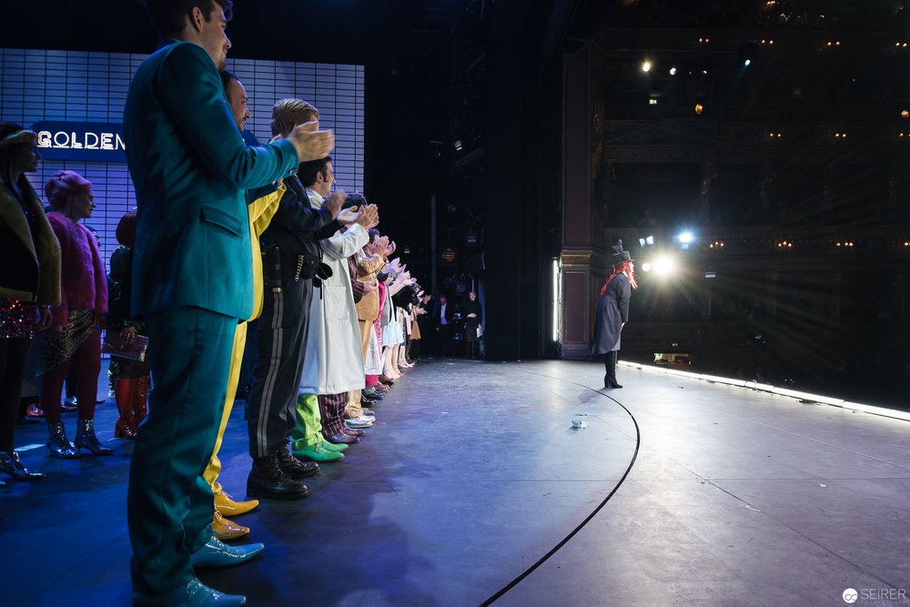 Der Lohn für viele Stunden Proben: der brausende Applaus des Publikums.(c) Michael Seirer Photography