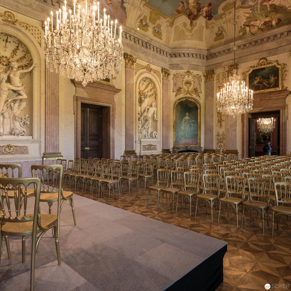 Der beeindruckende Festsaal in Schloss Eckartsau