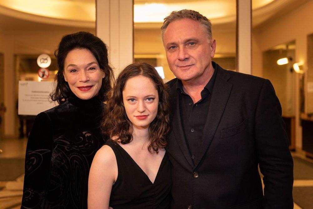 Julia Stemberger, Fanny Altenburger, Bernhard Schir - Nestroy Gala 2018