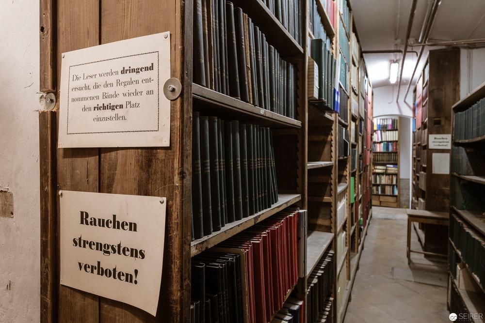Das umfangreiche Archiv im Keller des Billrothhauses