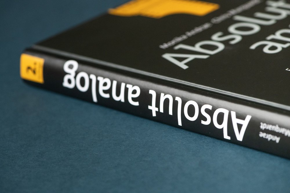 "Buchrezension ""Absolut Analog"""