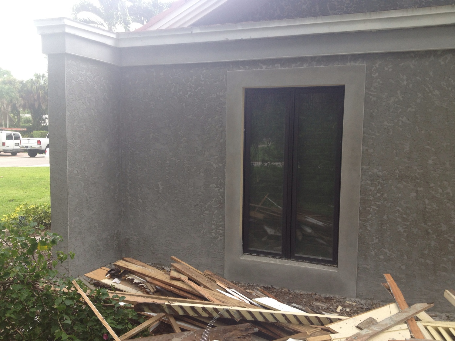 can you replace vinyl siding with stucco
