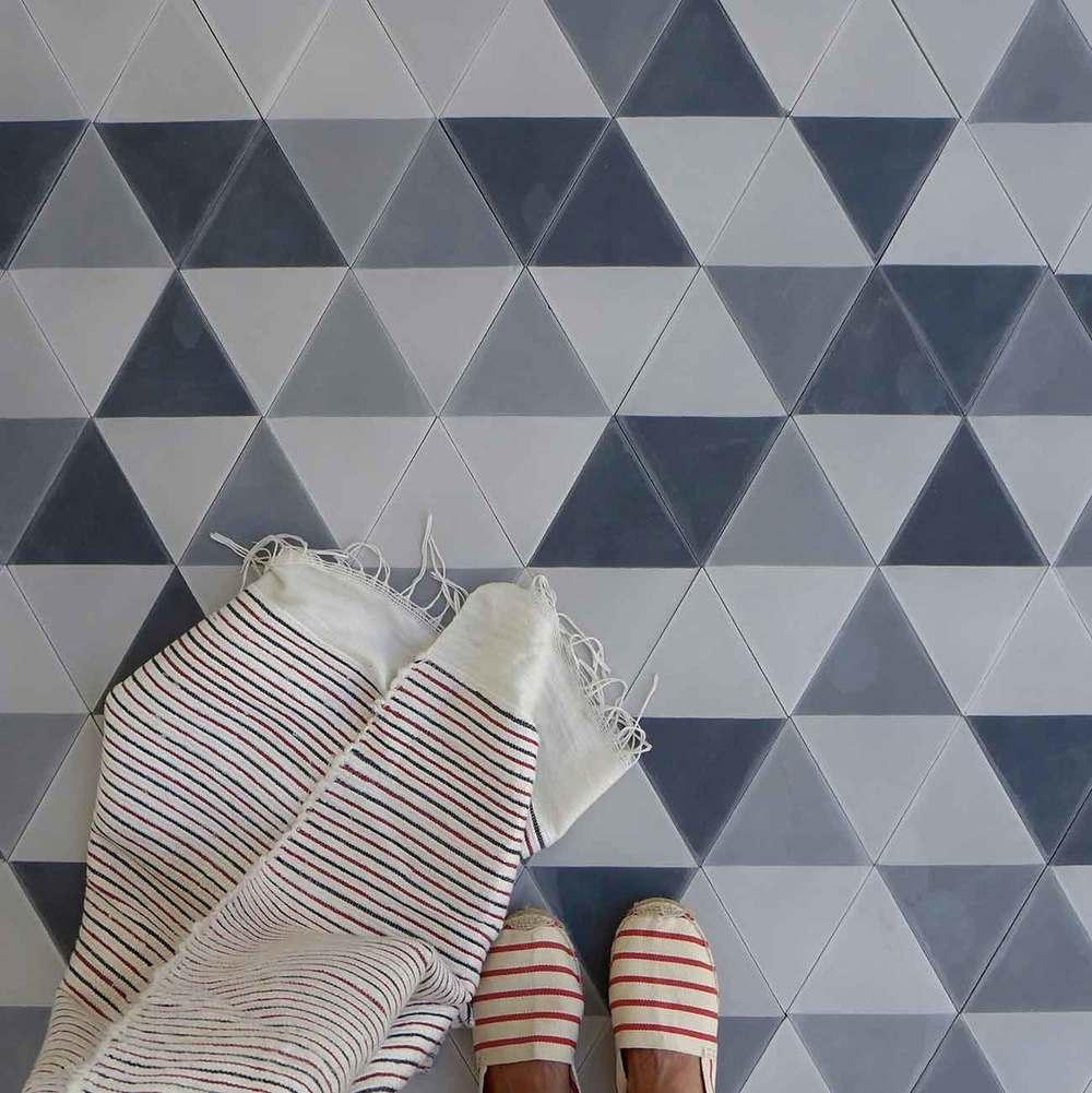 HALF-KARAT-_-multi-grays-_-28cm-x-16.25cm.jpg