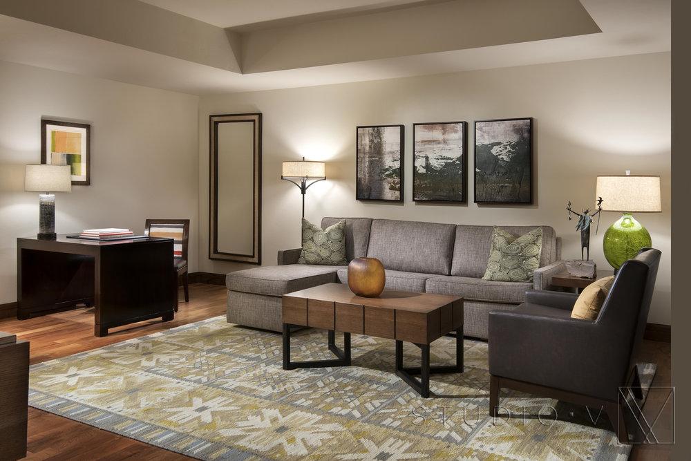 Dino Tonn 5809 Suite Living Room 11 Jan 19.jpg