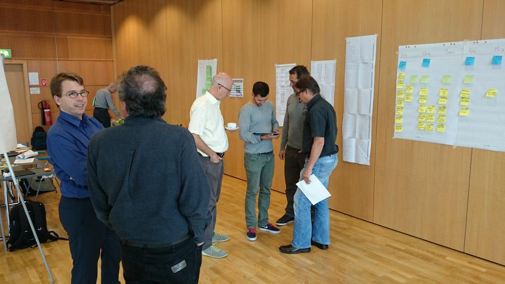 WLan oder iBeacons? Das ist die Frage hier. Meeting des iWalkActive-Konsortium in Wiener Neustadt.