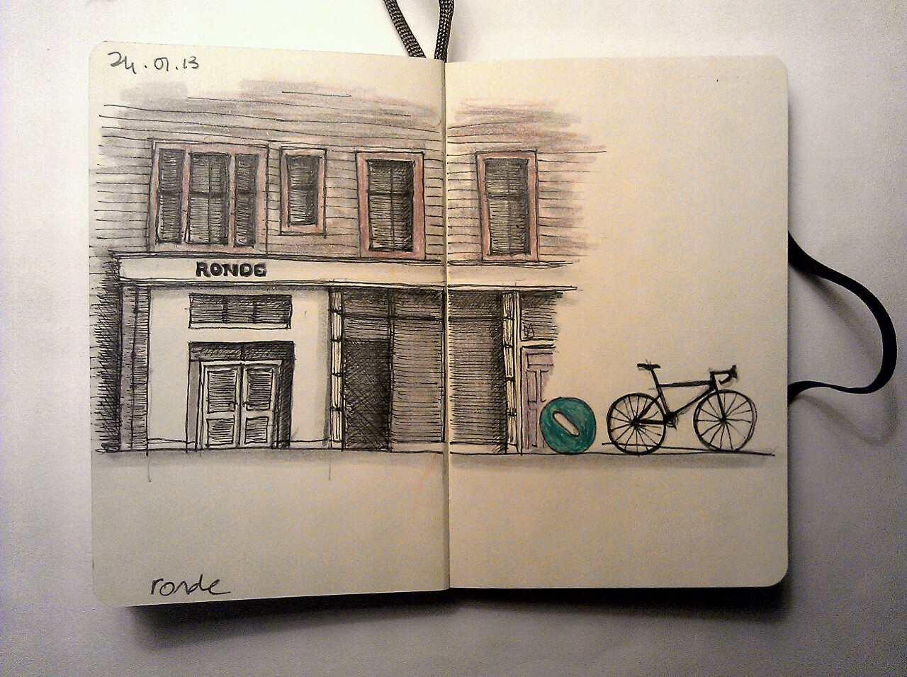 365 drawings later … day 359 … ronde