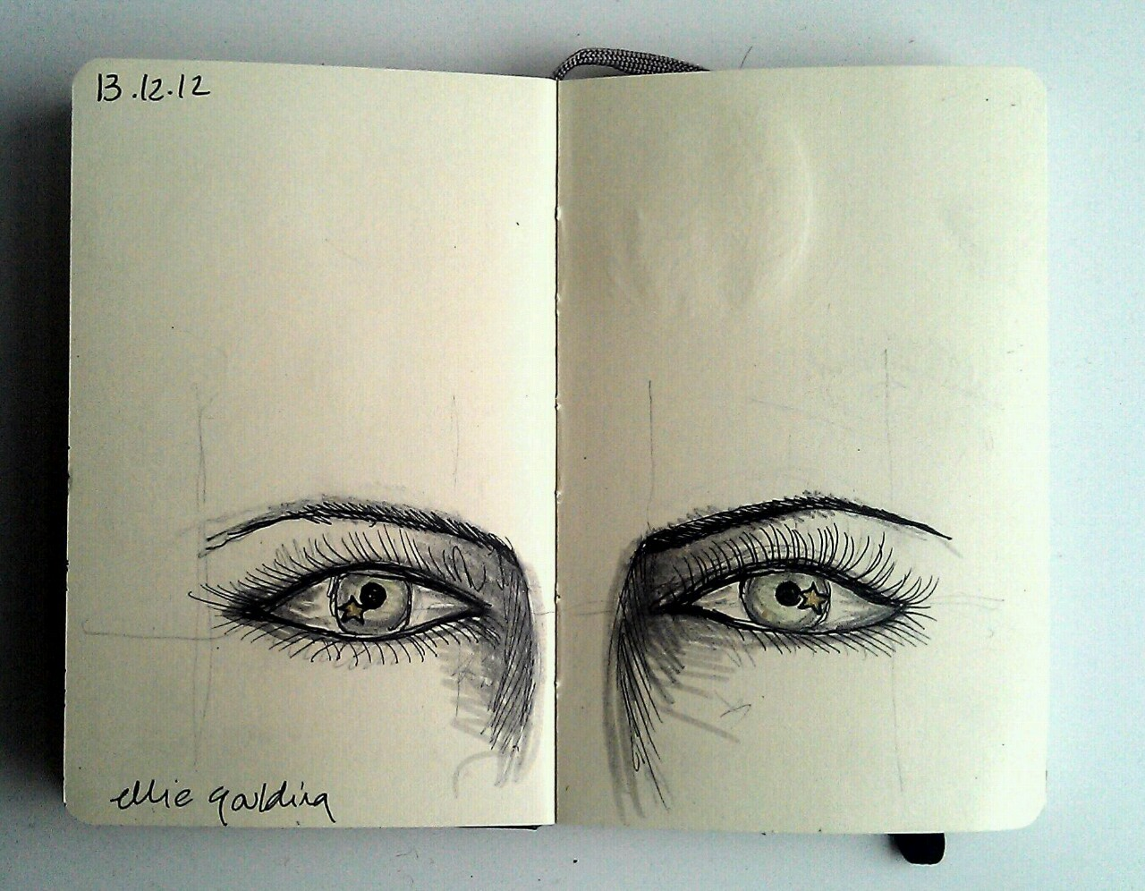 365 drawings later … day 317 … ellie goulding [everybody's starry eyed]