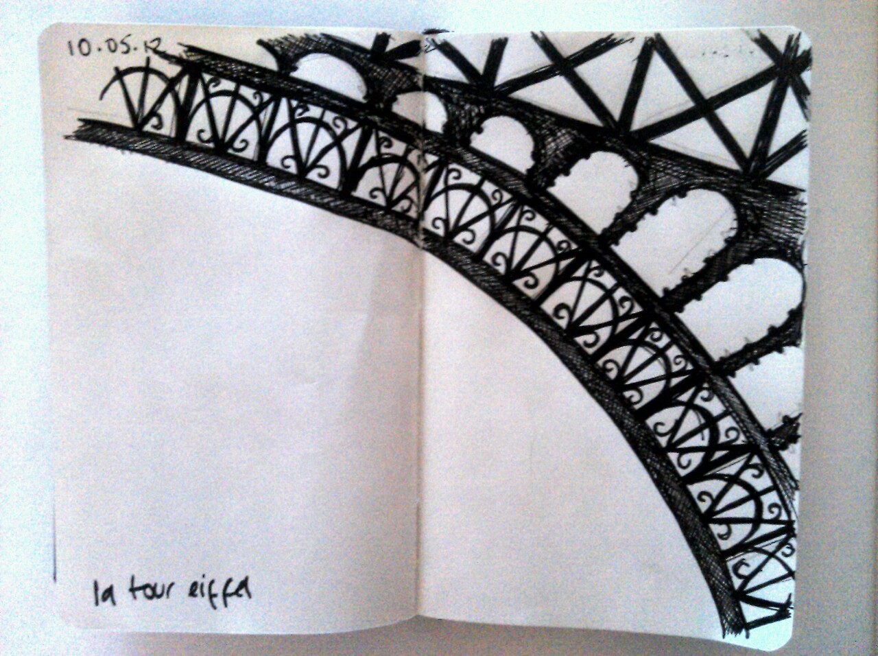 365 drawings later … day 100 … la tour eiffel