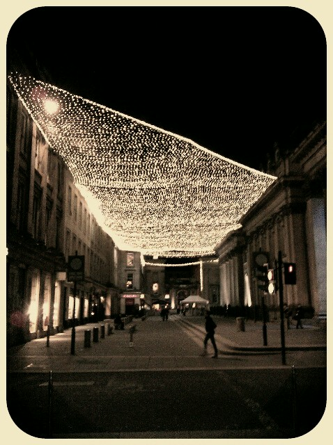 these xmas lights melted my scroogey soul… #Glasgow