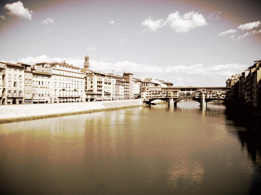 Ponte Vecchio + Arno, Florence, 2009