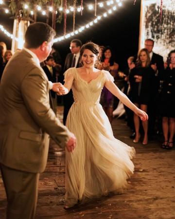 sara-matt-wedding-daddance-3717-s111990-0715_vert.jpg