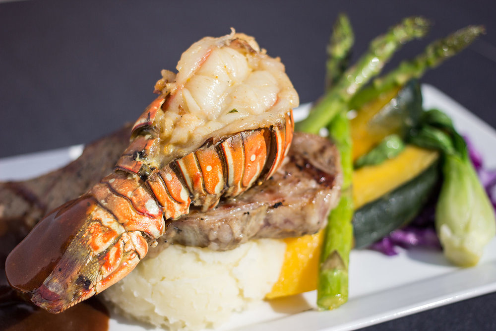 FOOD PHOTOGRAPHY STEAK LOBSTER