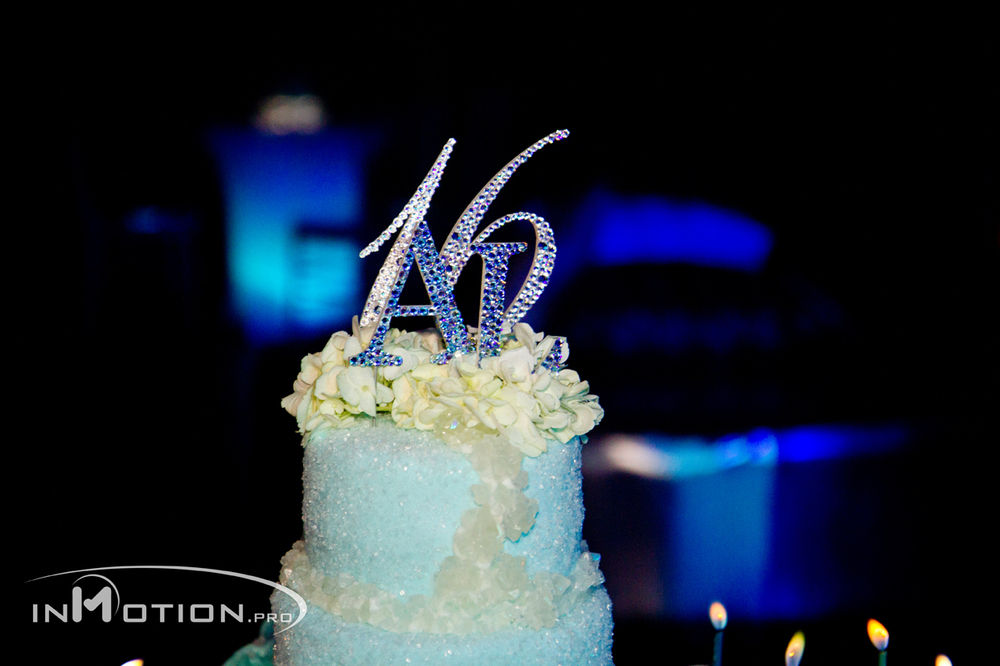 Event Design, Production and Floral by: Flourishing Art  Confectionery Design: Frosting Ink  Photo by: InMotion.Pro