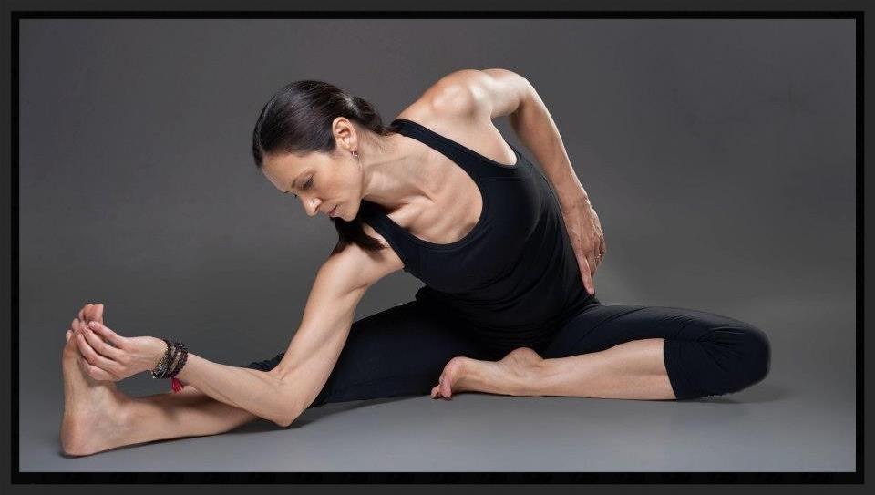 Ahna Hoke Yoga