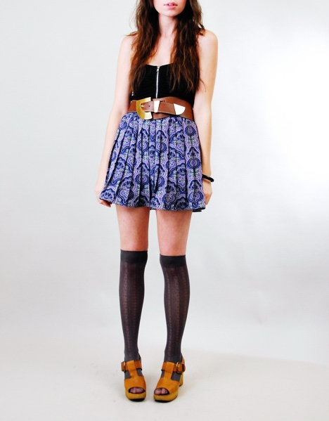 375802_blue_paisley_0skirt.jpg