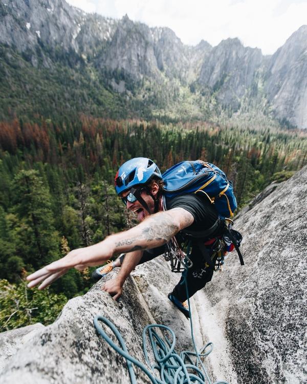 "Christian climbing the Yosemite classic ""Nutcracker"" Photo - @davisharmon"