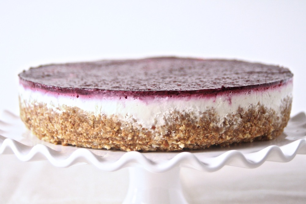 Berry & Greek Yogurt Cheesecake