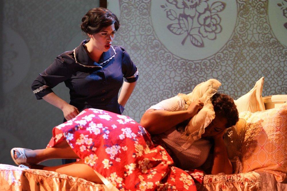 Donna Rosa in Daniel Catán's il Postino