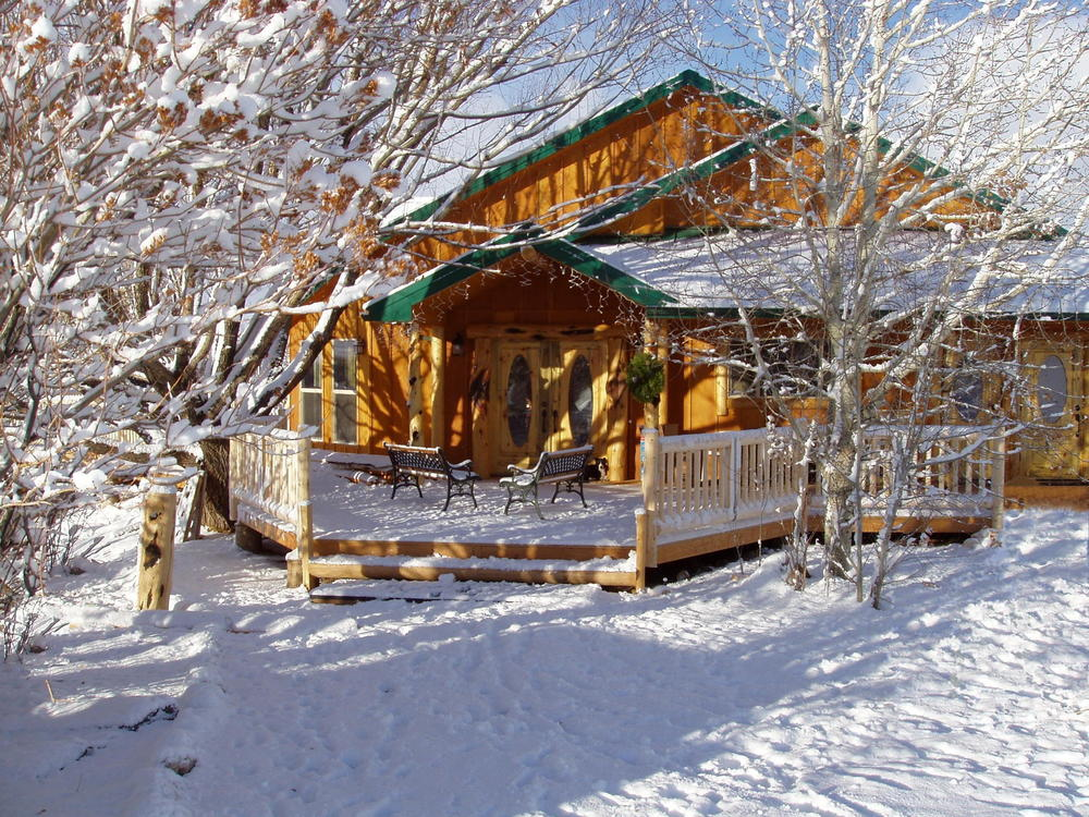 Cottonwood Guest Ranch at Winter