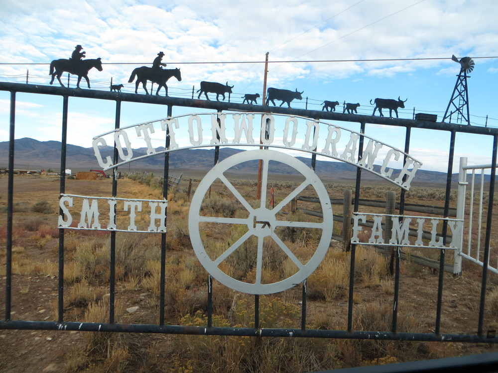 Cottonwood Guest Ranch Welcome Gate
