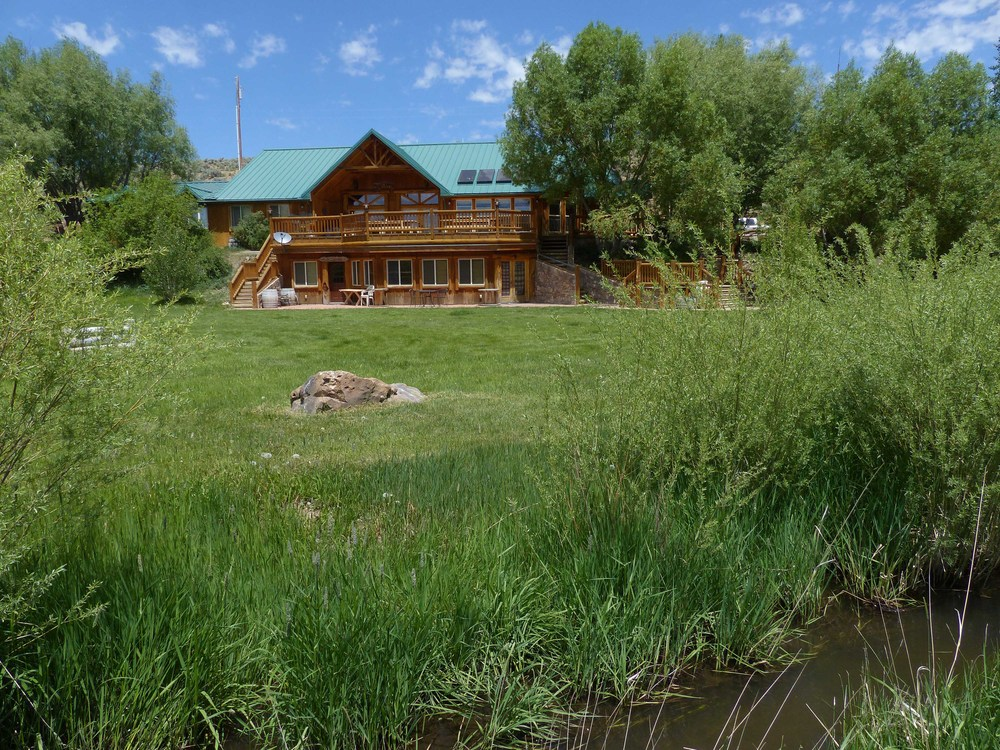 1c P1150885 Cottonwood lodge.jpg