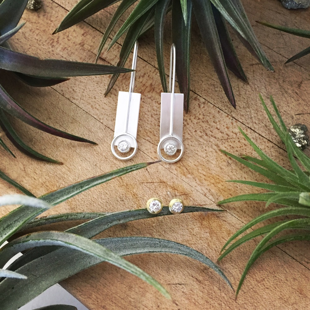 Custom earrings with recycled diamonds