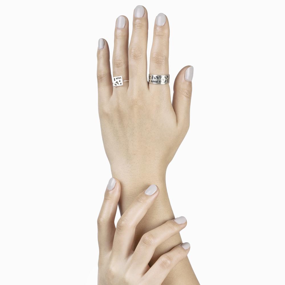ringhands1.jpg