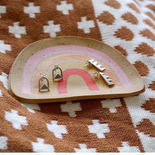 Such a cute capture of some studs by stockist @slownorth in Austin. Wish I could visit the shop today, it's rainy and nasty here! Happy 2019 everyone!
