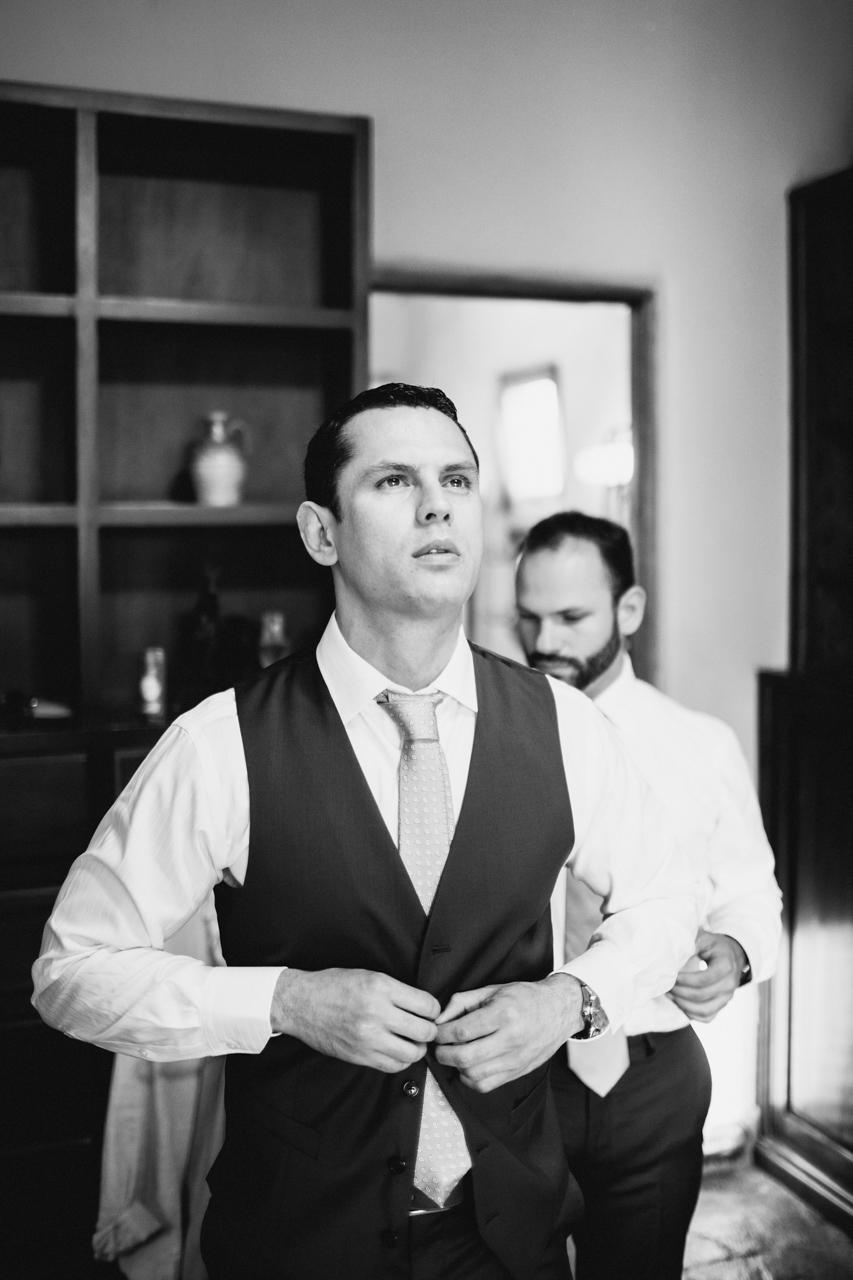 groom suit nicaragua