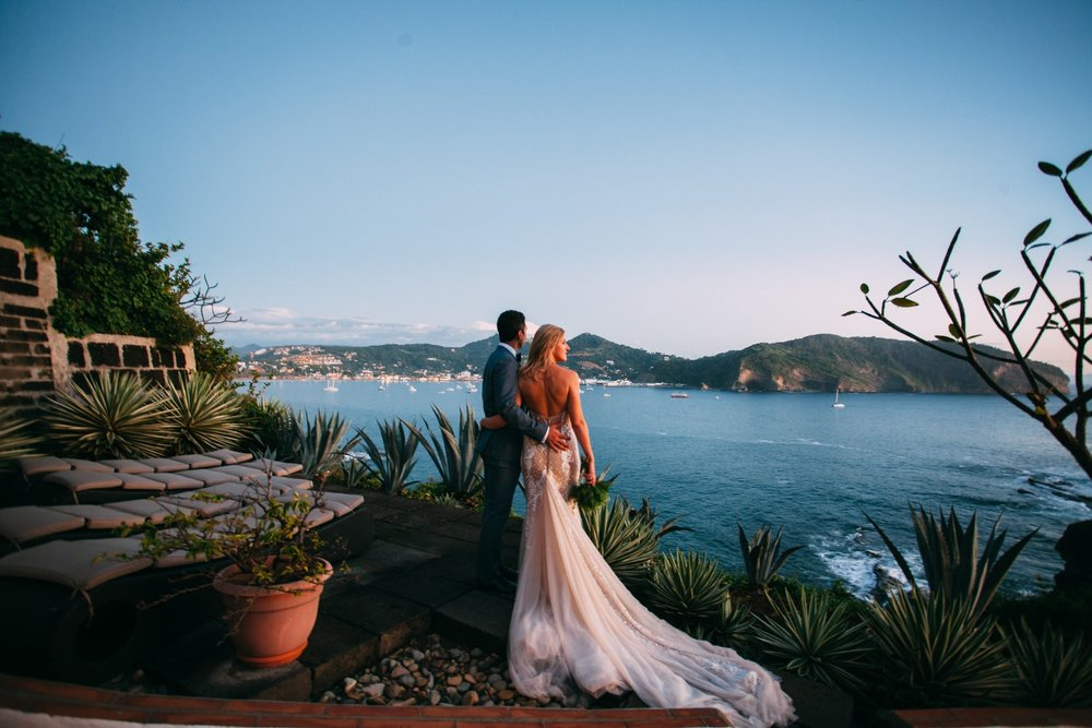 Nicaragua Wedding Photography - Wedding portrait of Christian and Dana Just after they got married at beautiful wedding venue in San Juan del Sur