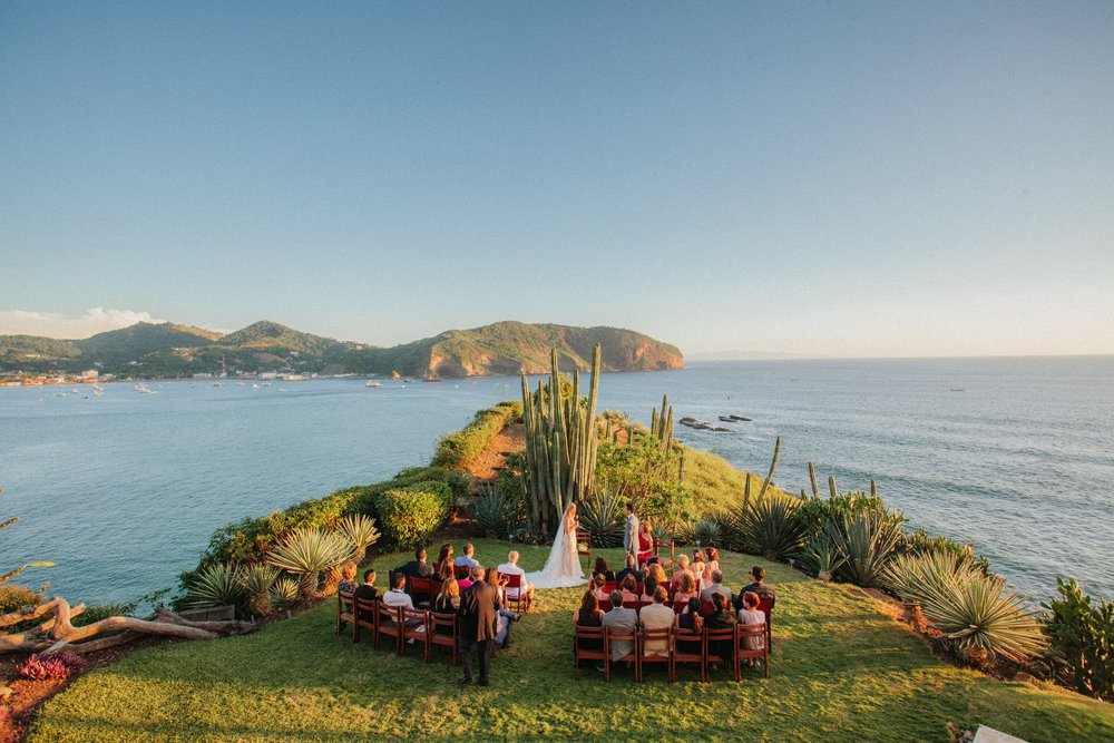 Gorgeous beach wedding venue in Nicaragua. Located at the top of the cliff above the San Juan del Sur Bay. Tropical vibe surrounded by cactuses and ocean.