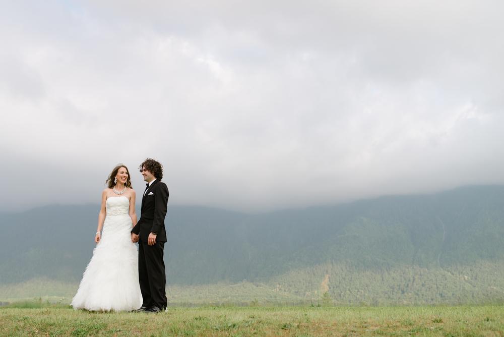 Fraser River Lodge Wedding_22.jpg