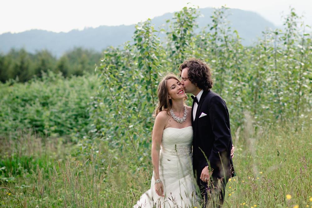 Fraser River Lodge Wedding_33.jpg