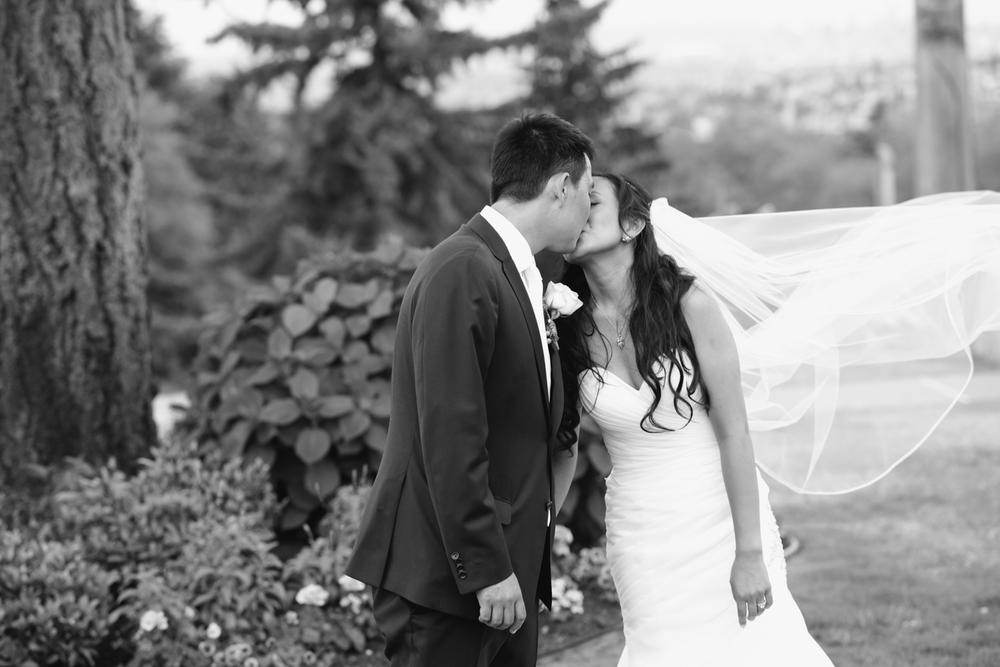 Kelly & Justin_Deer Lake Park Wedding_Vancouver Wedding Photography-Katie Powell Photography_23.jpg