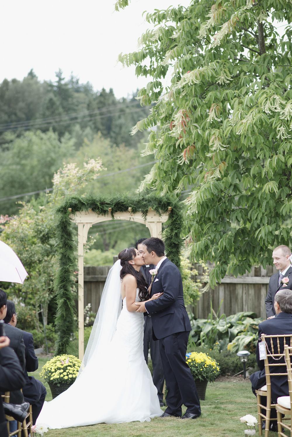 Kelly & Justin_Deer Lake Park Wedding_Vancouver Wedding Photography-Katie Powell Photography_32.jpg