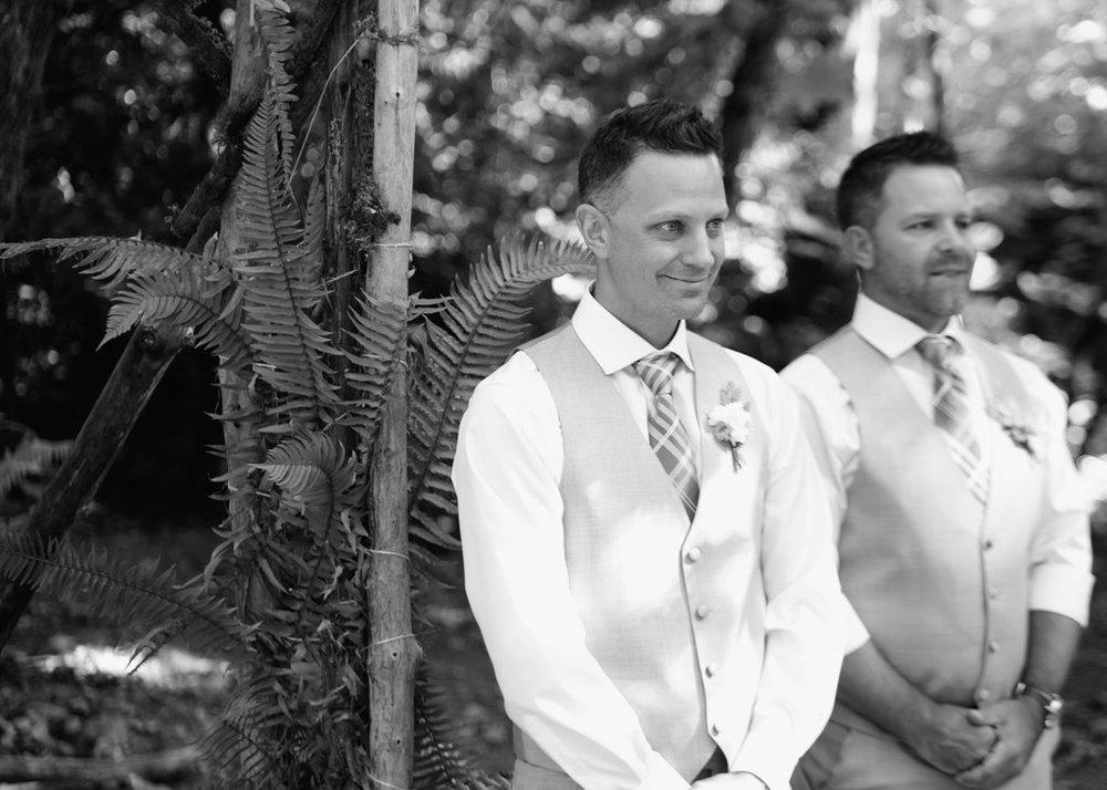 Leslie&Paul_Ceremony-43.jpg