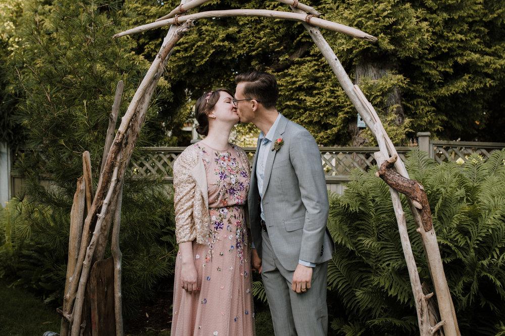 Caitlin & John Coquitlam Wedding_Katie Powell Photography-34.jpg