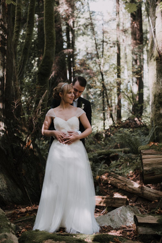 Ali & Brad Stanley Park Teahouse Wedding-39.jpg