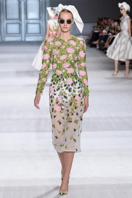 giambattista-valli-couture-fall-2014-12_163915207167.jpg