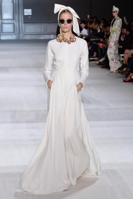 giambattista-valli-couture-fall-2014-33_163930832731.jpg