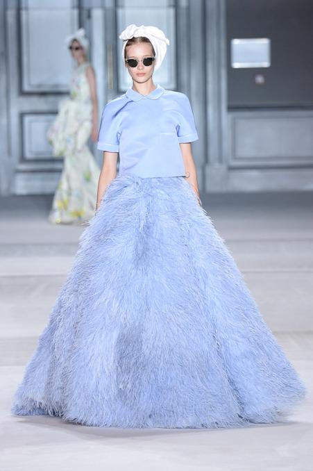 giambattista-valli-couture-fall-2014-44_163938835788.jpg