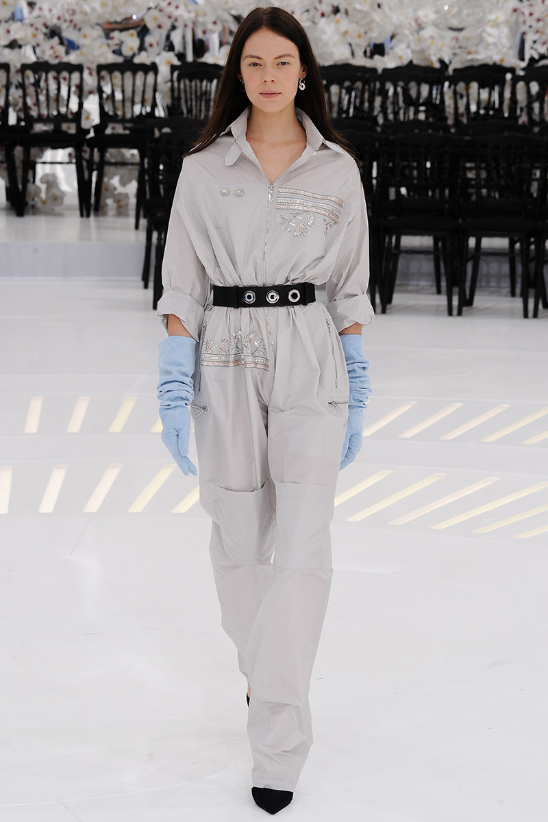 christian-dior-couture-fall-2014-12_165316197223.jpg