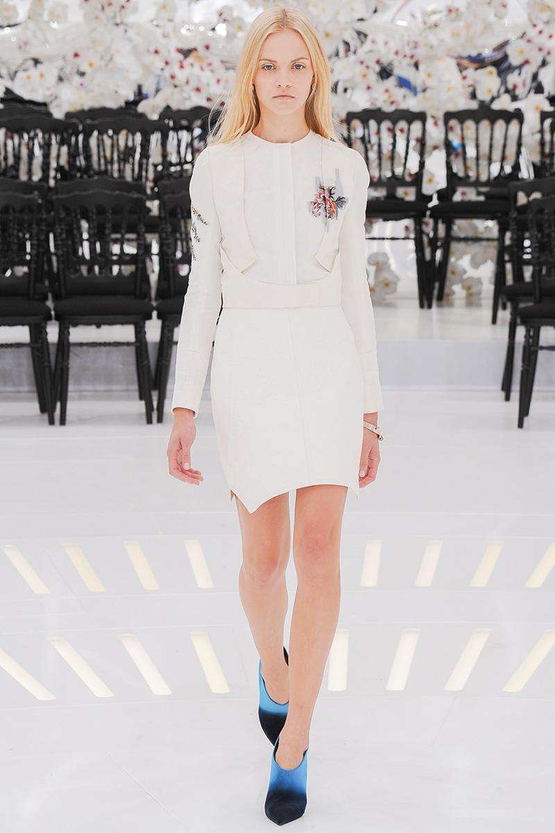 christian-dior-couture-fall-2014-31_165332571944.jpg